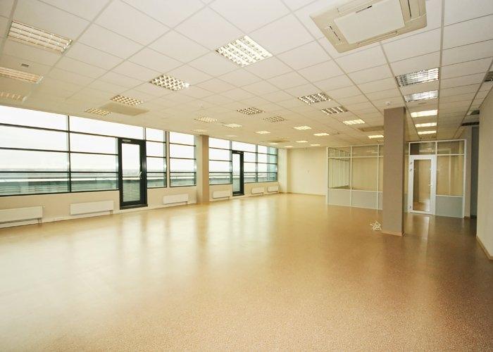 Объявление. Birojs Ziepniekkalnā, jaunā biroju ēkā.  + 5. stāvā.  + Pašlaik birojs sastāv no atērtas telpas un Цена: 1802 EUR/мес. Foto #2