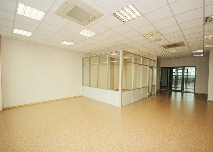Объявление. Birojs Ziepniekkalnā, jaunā biroju ēkā.  + 5. stāvā.  + Pašlaik birojs sastāv no atērtas telpas un Цена: 1802 EUR/мес. Foto #5