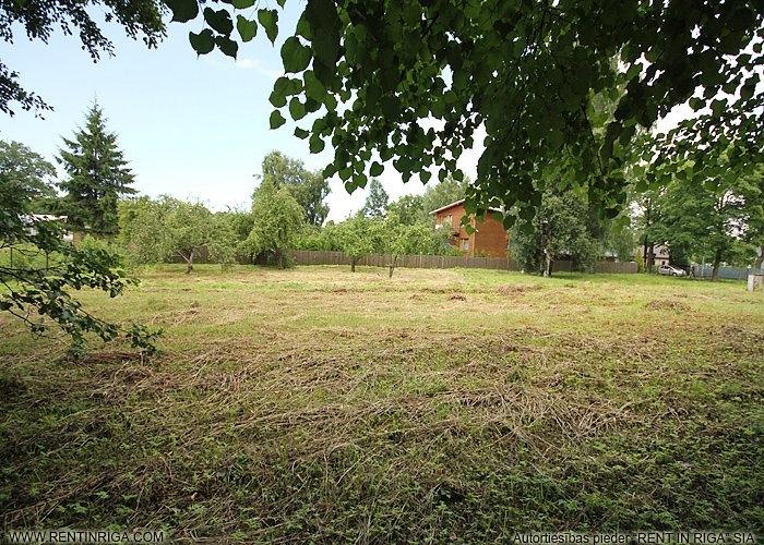 Sludinājumi. Pārdod apbūves zemes gabalu Jūrmalā Mellužos. Zemes gabals atrodas ļoti labā un klusā vietā Kanāla Cena: 260000 EUR Foto #1