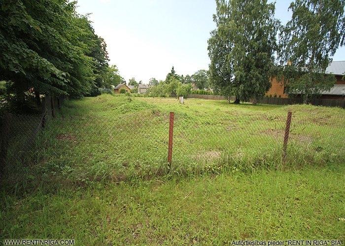Sludinājumi. Pārdod apbūves zemes gabalu Jūrmalā Mellužos. Zemes gabals atrodas ļoti labā un klusā vietā Kanāla Cena: 260000 EUR Foto #3
