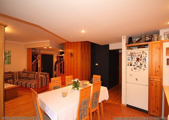 Объявление. Pārdod trīslīmeņu dzīvokli specprojekta mājā Jūrmalā Brīvības prospektā.  Plānojums: Pirmajā līmenī Цена: 145000 EUR Foto #5
