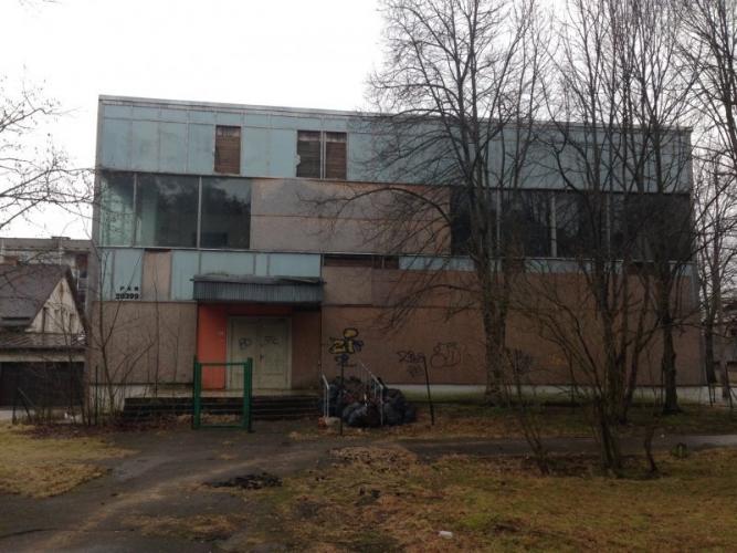 Sludinājumi. Atsevišķi stāvoša ēka Malienas ielā 11a.  2 gadu laikā īpašnieks veic ēkas pilnu renovāciju un Cena: 5454 EUR/mēn Foto #4