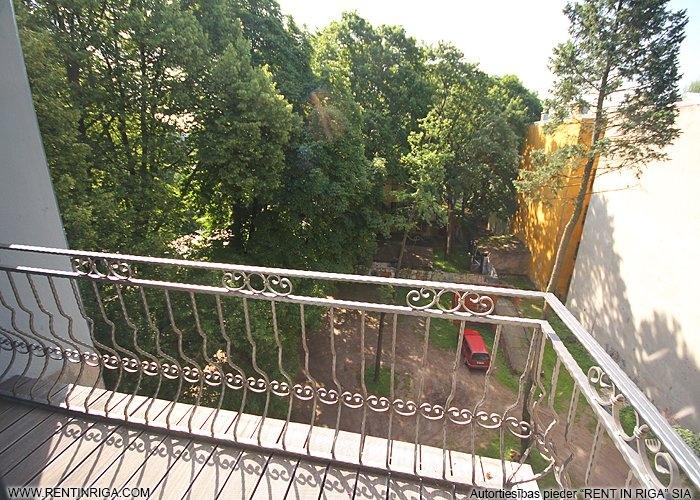 Объявление. Dzīvoklis Āgenskalnā, tieši blakus kalnciema kvartālam. Īpašums sastāv no diviem dzīvokļiem, kurus Цена: 250000 EUR Foto #3