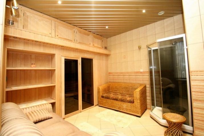 Объявление. Сдается качественный и дизайнерский дом в тихом районе Юрмалы.  Планировка - 1 этаж - просторная Цена: 1300 EUR/мес. Foto #4