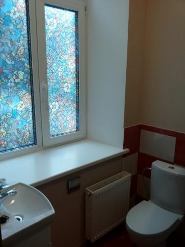 Sludinājumi. Pārdod remontētu dzīvokli ar iespēju nopirkt arī blakus esošo dzīvokli (35 000 EUR). Dzīvokļi ir Cena: 35000 EUR Foto #3