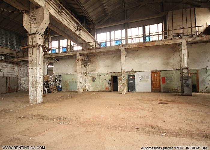 Sludinājumi. Pārdod neapkurināmu noliktavas/ražošanas telpas Pļavniekos.  + Ražošanas un komerdarbības apbūves Cena: 1.6e+06 EUR Foto #5