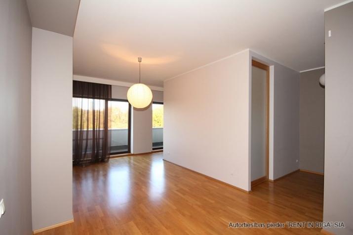 Sludinājumi. Pārdošanā gaišs un plašs dzīvoklis jaunā projekta mājā Rīgas centrā ar kopējo platību 66m2.  Cena: 133000 EUR Foto #1