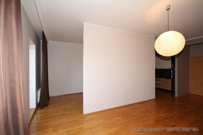 Sludinājumi. Pārdošanā gaišs un plašs dzīvoklis jaunā projekta mājā Rīgas centrā ar kopējo platību 66m2.  Cena: 133000 EUR Foto #3