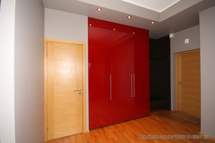 Sludinājumi. Pārdošanā gaišs un plašs dzīvoklis jaunā projekta mājā Rīgas centrā ar kopējo platību 66m2.  Cena: 133000 EUR Foto #4