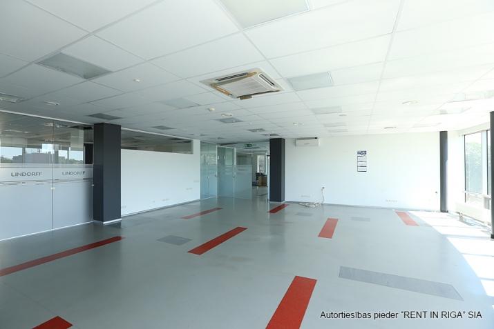 Объявление. Funkcionāls un moderns birojs A-klases biroju ēkā Duntes un Skanstes ielu krustojumā. Nomājot Цена: 4550 EUR/мес. Foto #3