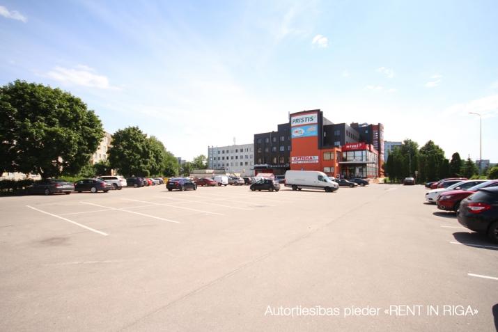 Sludinājumi. Birojs netālu no Biķernieku sporta trases, tieši pretī \'Motormuzejam\'  S.Eizenšteina un Gaiļezera Cena: 1280 EUR/mēn Foto #5
