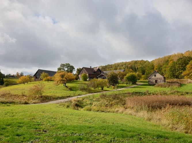 Sludinājumi. Unikāla iespēja iegādāties ainavisku un plašu īpašumu paradīzes nostūrī! Kalni, mežs un ūdens, Cena: 1.05e+06 EUR Foto #5