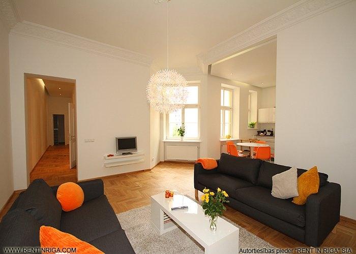 Объявление. Предлагается в аренду квартира в красивом здании в стиле модерн на улице Валдемара. Квартира Цена: 1500 EUR/мес. Foto #3