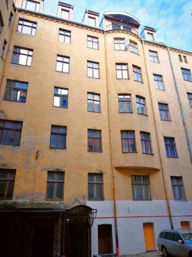 Объявление. Мансардная квартира в процессе реновации. Полезная площадь 61 м2. В указанной цене входит: - Цена: 99300 EUR Foto #5