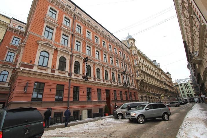 Sludinājumi. Piedāvājumā dzīvokļi Rīgas Centrā pilnībā renovētā namā. Dzīvokļi aprīkoti ar santehniku un ir Cena: 299700 EUR Foto #1