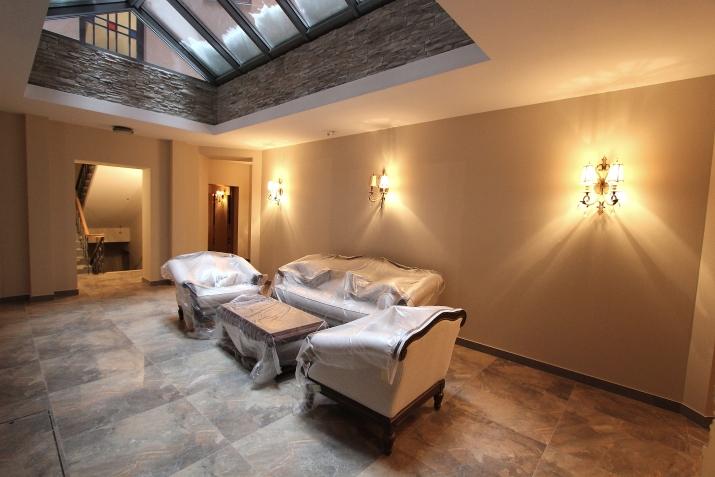 Sludinājumi. Piedāvājumā dzīvokļi Rīgas Centrā pilnībā renovētā namā. Dzīvokļi aprīkoti ar santehniku un ir Cena: 299700 EUR Foto #2