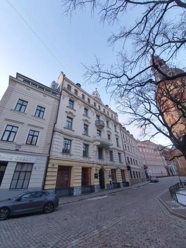 Объявление. Отремонтированный дом в Старой Риге, напротив Домской церкви. Рядом гостиница Гутенбергс и Цена: 1686 EUR/мес. Foto #5
