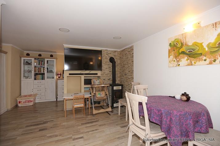 Sludinājumi. Pārdodas 4 istabas māja Jūrmalā. Māja pēc rekonstrukcijas, teicamā stāvokli. Mainīta santehnika, Cena: 115000 EUR Foto #5