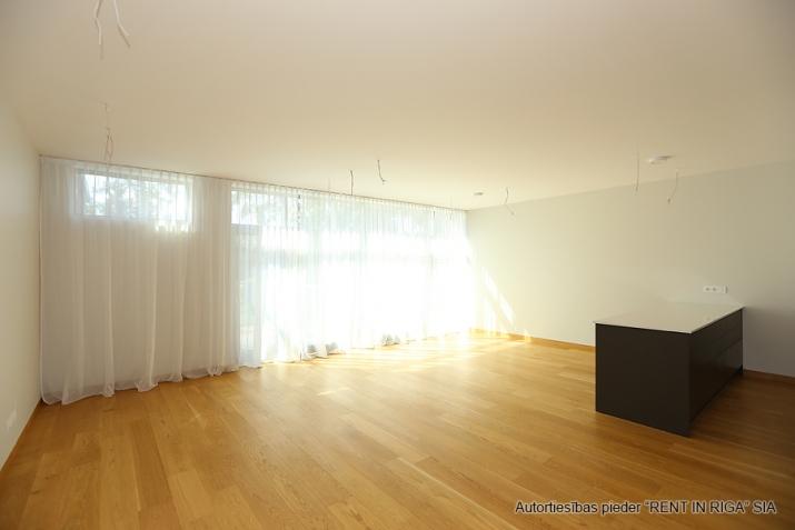 Sludinājumi. Plašs dzīvoklis Jūrmalā, Dubultos. Jaunais projekts, augstas kvalitātes apdari. Plaša viesistaba, Cena: 360000 EUR Foto #5