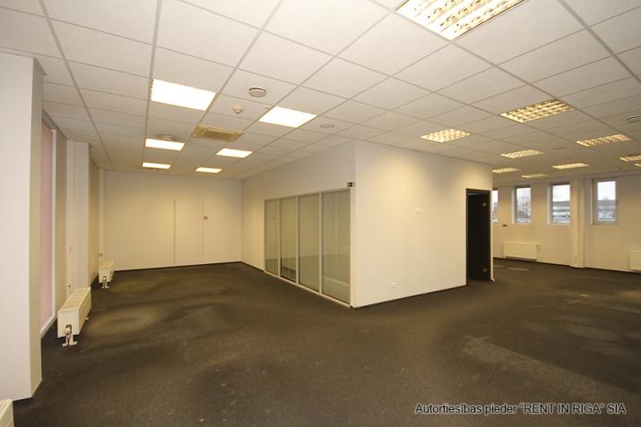 Объявление. Open space office in A-class office building on Duntes Street 3.  Lease payment: 13 EUR/m2 + VAT;  Цена: 1789 EUR/мес. Foto #5
