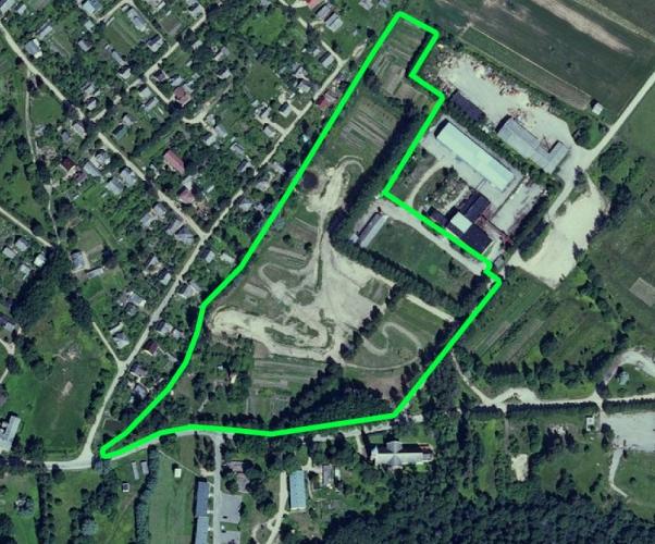 Sludinājumi. Pārdod zemes gabalu 5.21 ha platībā Mazsalacā blakus Baznīcas un Torņu ielai, ērta piebraukšana. Uz Cena: 45000 EUR Foto #1