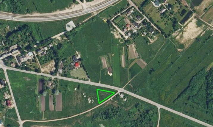 Sludinājumi. Pārdod zemes gabalu 1670 m2 platībā Grobiņas pilsētā, Iļģu ielā 6. Zemes gabals atrodas savrupmāju Cena: 11000 EUR Foto #1