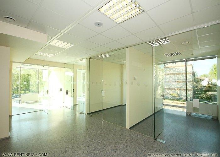 Объявление. Iznomā biroja telpas jaunā biroju ēkā Pārdaugavā. Platība izvietota ēkas 5. stāvā. Telpas aprīkotas Цена: 860 EUR/мес. Foto #3