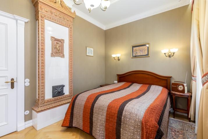 Sludinājumi. Ekskluzīvas kvalitātes un dizina vienas guļamistabas dzīvoklis klusā Vecrīgas pagalmiņā. Piemērots Cena: 650 EUR/mēn Foto #5