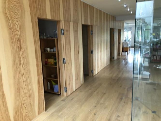 Sludinājumi. Modernas biroja telpas, iespējami vairāki dalījumi. Ēka ir pilnībā renovēta pēc augstākajiem Cena: 1500 EUR/mēn Foto #5