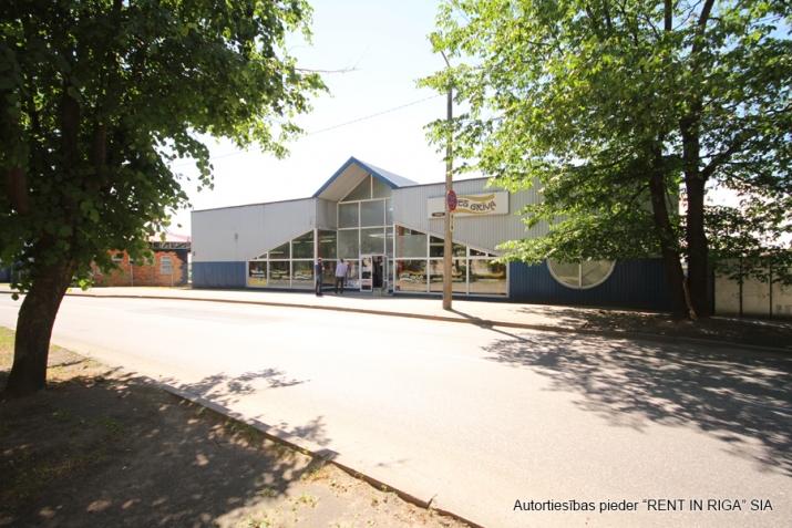 Sludinājumi. Multifunkcionāla, atsevišķi stāvoša ēka veikalam, bāram, kafejnīcai, klubam, pārtikas ražotnei, Cena: 1464 EUR/mēn Foto #3