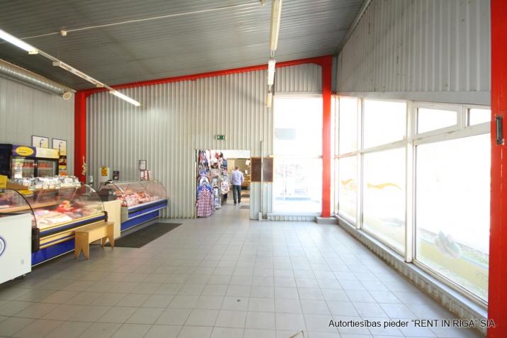 Sludinājumi. Multifunkcionāla, atsevišķi stāvoša ēka veikalam, bāram, kafejnīcai, klubam, pārtikas ražotnei, Cena: 1464 EUR/mēn Foto #5