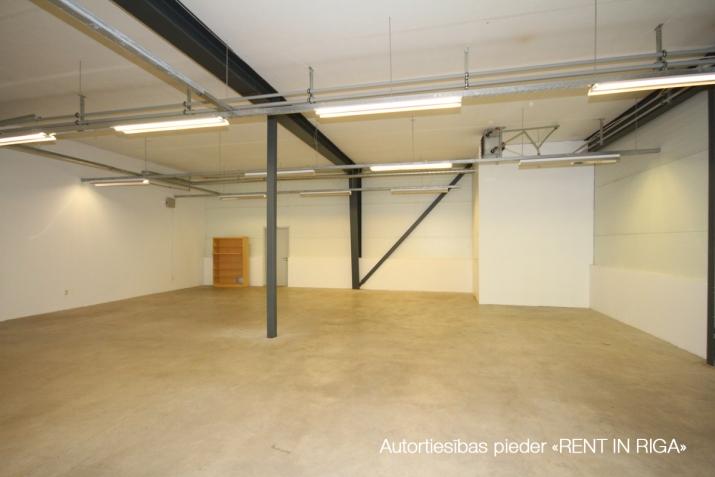 Объявление. Telpas A7 tirdzniecības centra kompleksā  Telpas atrodas stratēģiski izdevīgā punktā ar lielu Цена: 3087 EUR/мес. Foto #3