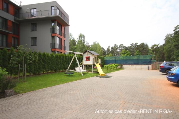 Sludinājumi. Tiek piedāvāts 4-ist. dzīvoklis jaunajā projektā \'LOFT\', pie upes Lielupe, 100 m. Pilna apdare un Cena: 1000 EUR/mēn Foto #4