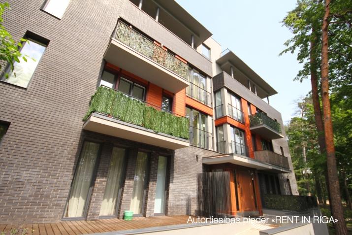 Sludinājumi. Tiek piedāvāts 4-ist. dzīvoklis jaunajā projektā \'LOFT\', pie upes Lielupe, 100 m. Pilna apdare un Cena: 1000 EUR/mēn Foto #5