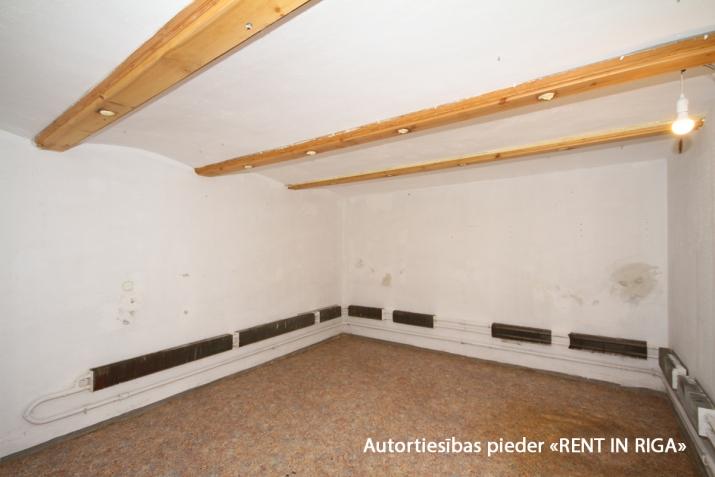 Объявление. Puspagraba telpas Klusajā centrā.  + ieeja no pagalma puses; + ir iespāja pašam pilnveidot un Цена: 240 EUR/мес. Foto #5