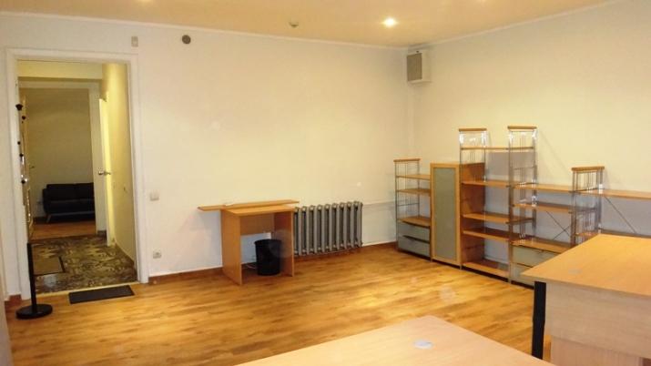 Sludinājumi. Pārdod biroja telpas pašā Vecrīgas sirdī  Vāgnera ielā ar atsevišķu ieeju.  Var izmantot kā biroju, Cena: 129000 EUR Foto #2
