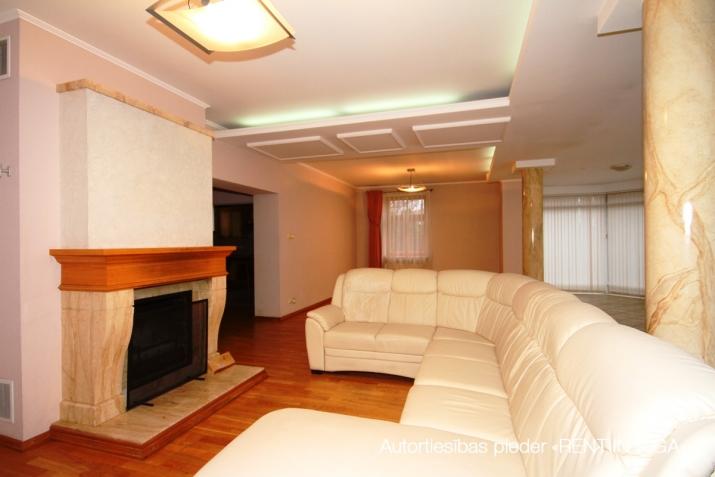 Объявление. Предлагаем в долгосрочную аренду дом в Teika на тихой улице жилого района. Дом для семьи, которая Цена: 1650 EUR/мес. Foto #4