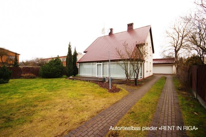 Объявление. Предлагаем в долгосрочную аренду дом в Teika на тихой улице жилого района. Дом для семьи, которая Цена: 1650 EUR/мес. Foto #5