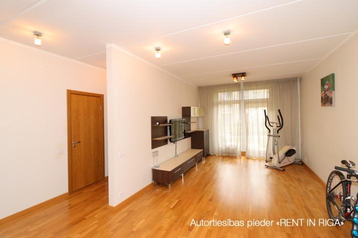 Sludinājumi. Pārdošanā dzīvoklis vienā no labākajiem jaunajiem projektiem, \'Jaunbiķeri\', kurš saņēmis Būvnieku Cena: 112000 EUR Foto #1