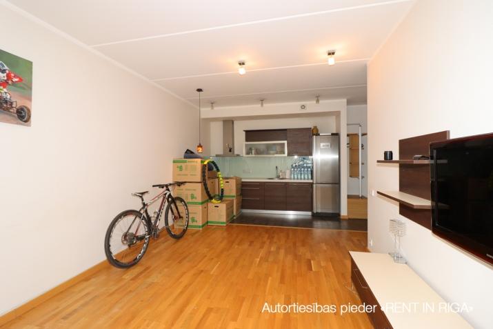 Sludinājumi. Pārdošanā dzīvoklis vienā no labākajiem jaunajiem projektiem, \'Jaunbiķeri\', kurš saņēmis Būvnieku Cena: 112000 EUR Foto #2