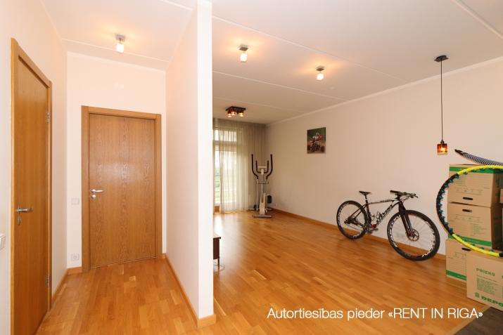 Sludinājumi. Pārdošanā dzīvoklis vienā no labākajiem jaunajiem projektiem, \'Jaunbiķeri\', kurš saņēmis Būvnieku Cena: 112000 EUR Foto #4