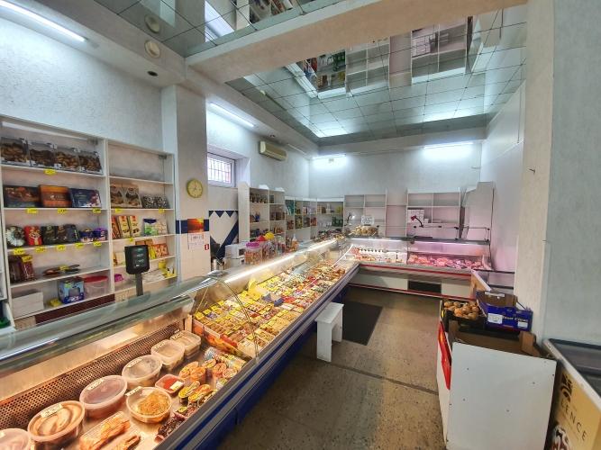Sludinājumi. Piedāvājumā tirdzniecības telpas Bultu ielā 3 - Ķengaragā!  Iespēja lietot pašam vai arī izmantot Cena: 80000 EUR Foto #3