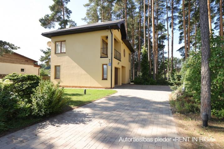 Sludinājumi. Piedāvājam mājīgu un plašu māju! + Blakus jūra, upe un mežs. + Kvalitatīvs remonts. + Kopta Cena: 290000 EUR Foto #3