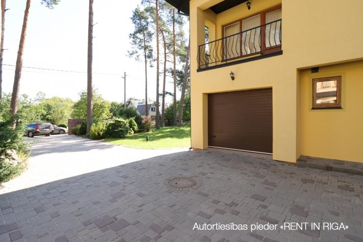 Sludinājumi. Piedāvājam mājīgu un plašu māju! + Blakus jūra, upe un mežs. + Kvalitatīvs remonts. + Kopta Cena: 290000 EUR Foto #5