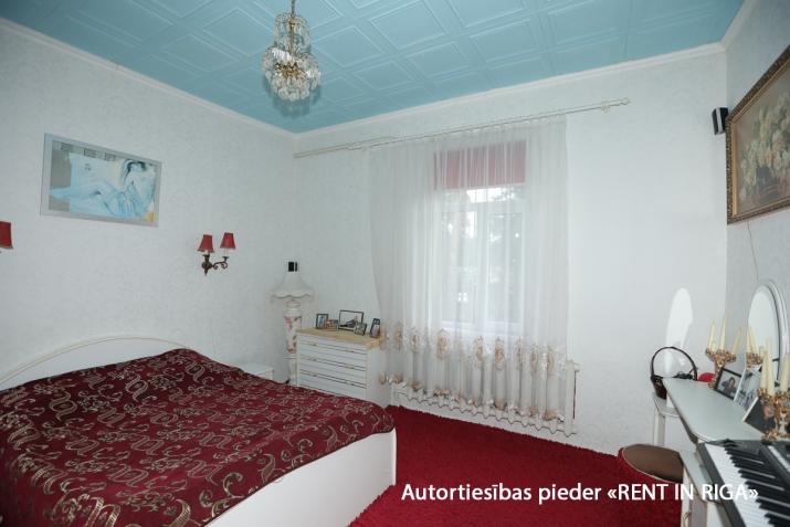 Sludinājumi. Gleznainā Jūrmalas rajonā-Priedainē pārdošanai tiek piedāvts privātīpašums. 2-stāvu ģimenes māja. Cena: 180000 EUR Foto #5