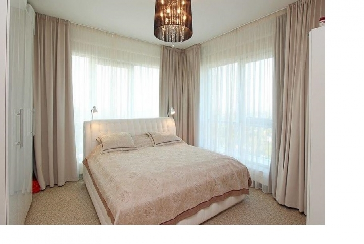 Sludinājumi. Dzīvoklis Panorama Plaza projektā.  - 50 m2 terase ar žilbinošiem skatiem uz Vecrīgu un plašo Cena: 340000 EUR Foto #4