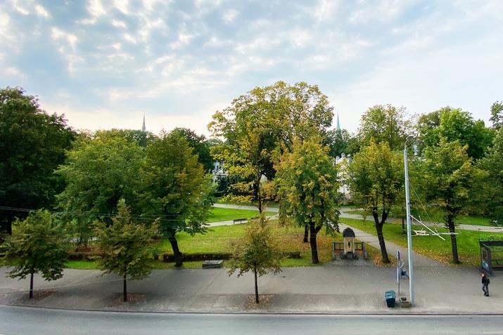 Sludinājumi. Reprezentabls dzīvoklis pašā pilsētas centrā. No loga paveras skats uz Rīgas kanāla parku un Cena: 342000 EUR Foto #5