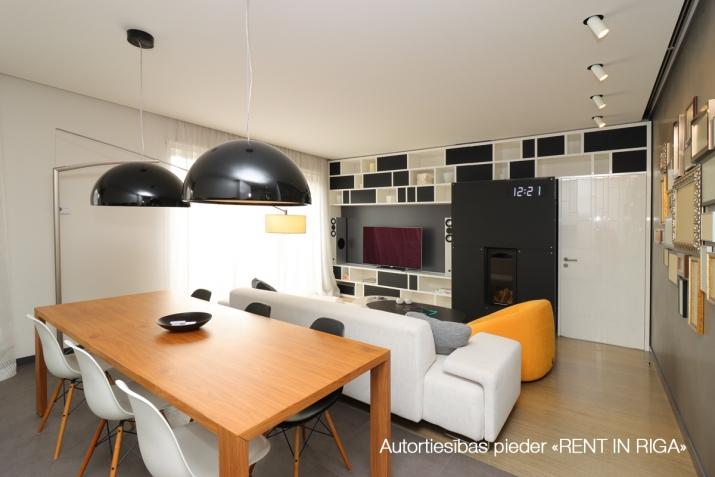 Объявление. Сдается квартира в Булдури, 1 линия (Bulduru prospekts), 2 этаж, лифт, на длительный срок. Три Цена: 1500 EUR/мес. Foto #4