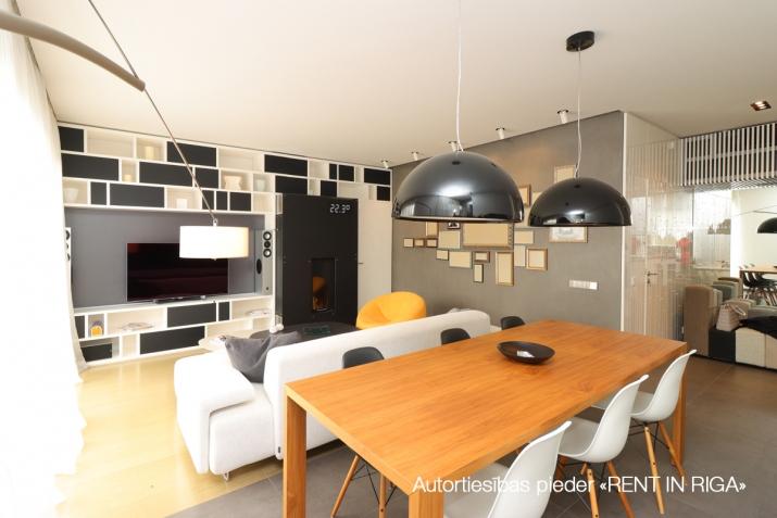 Объявление. Сдается квартира в Булдури, 1 линия (Bulduru prospekts), 2 этаж, лифт, на длительный срок. Три Цена: 1500 EUR/мес. Foto #5