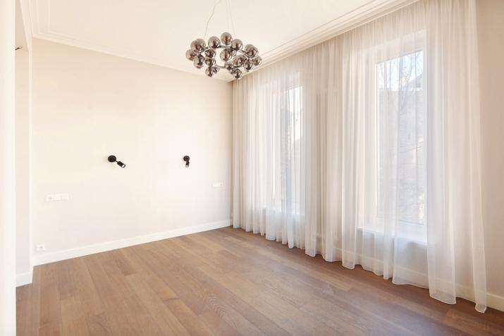 Sludinājumi. Jauns dzīvoklis ar plašu balkonu Klusajā centrā, Mednieku ielā. Dzīvoklis tiek pārdots ar Cena: 320000 EUR Foto #4